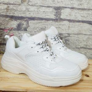 Wild Fable White Tennis Shoes   Poshmark